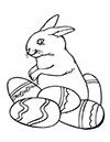 Ausmalbild Osterhase mit 5 Eiern